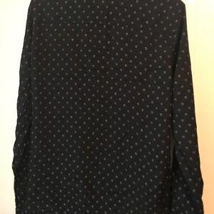 H&M Skull print Button down shirt Medium